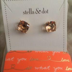 Stella and Dot gem stone earrings